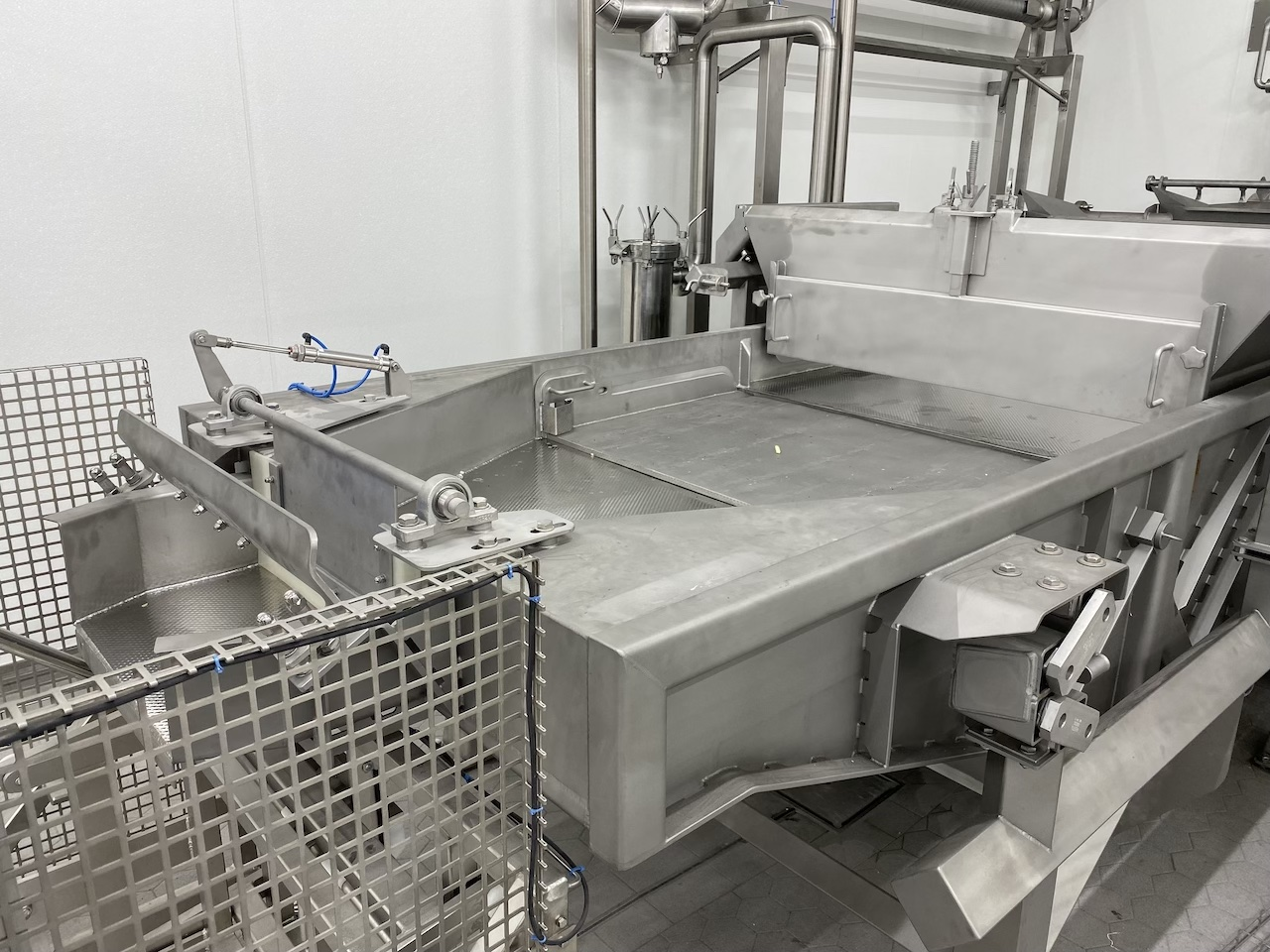 Triltafel van een kook- en koellijn
